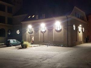 Leuchtende Lichtanlage